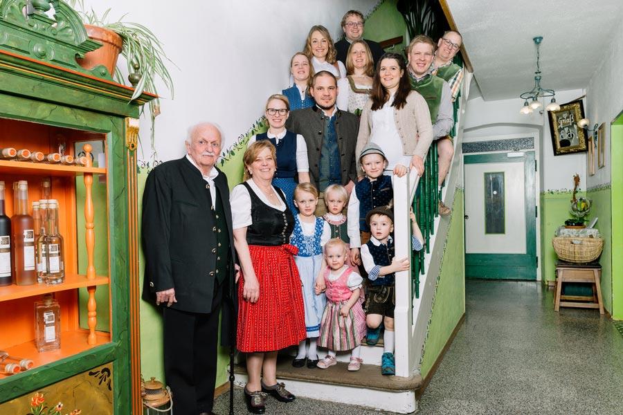 Familie Pritscher im Gasthof Pritscher